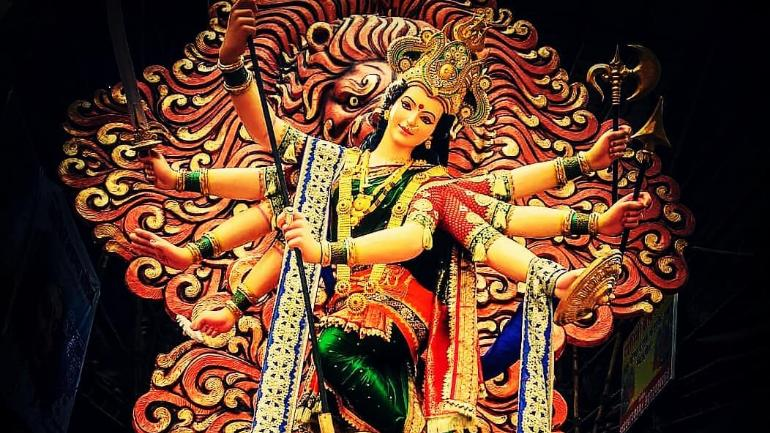 चैत्र नवरात्रि में मां की विधि-विधान से आराधना करने से मनोकामनाएं पूरी होती हैं।