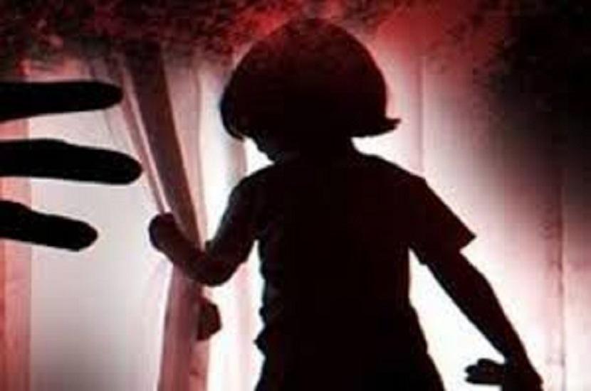 श्रद्धा ने उन दोनों को आपत्तिजनक स्थिति में देख लिया, इसलिए आरोपित ने बच्ची को मार डाला।