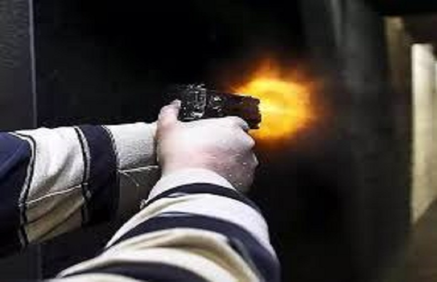 एसपी ने बताया कि सीसीटीवी फुटेज में नकाबपोश हमलावर नजर आए है।